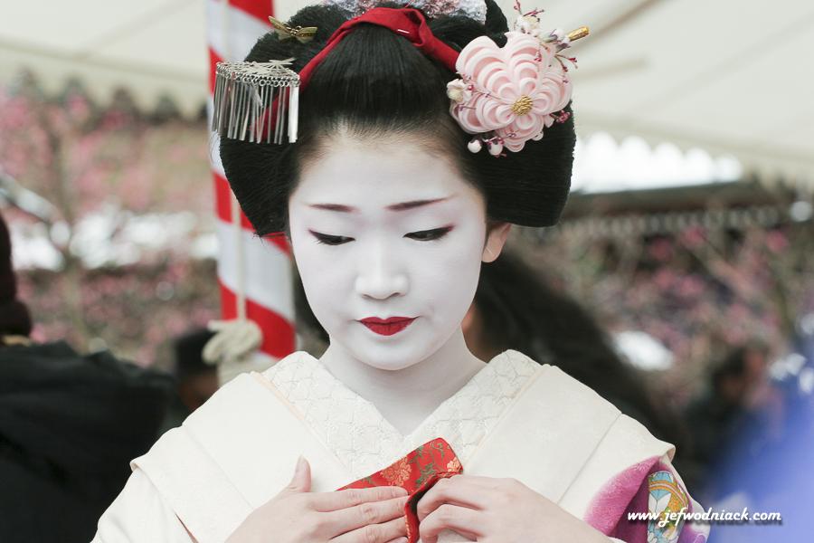 Maïko au Temple Kitano