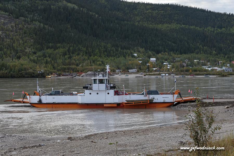 Ferry boat à Dawson